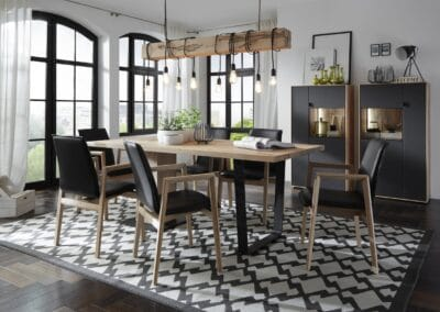 Dining Table Caya 2