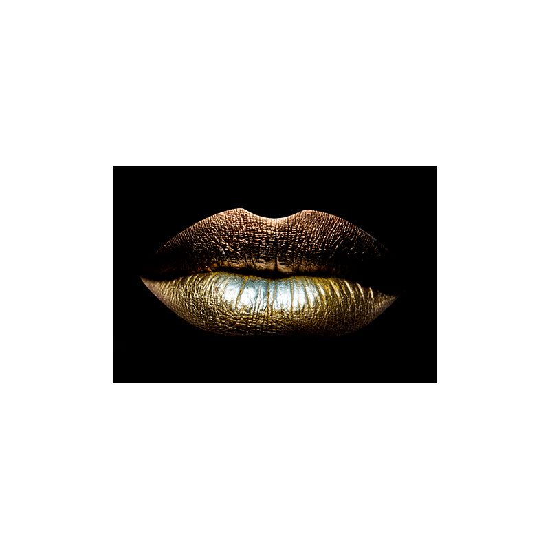80x120-DIB715-AluArt-Mondiart-Closeup-view-of-sexual-beautiful-female-closed-golden-lips