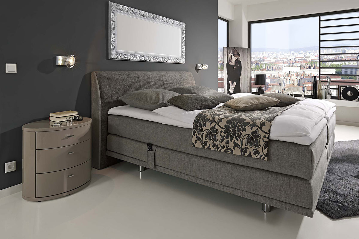 Loddenkemper_bedrooms_couture_KT_Chicago_9849-9840_07