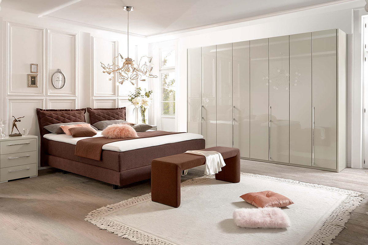 Loddenkemper_bedrooms_creation-opus-I_8664-8665-8672-8673-high-gloss-sahara-00-AM-(1)