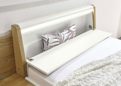 Loddenkemper_bedrooms_multi-comfort_structured-oak-bianco-white-lacquer-19-AM-(2)
