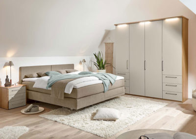 Loddenkemper_bedrooms_multi-comfort_structured-oak-crystal-grey-lacquer-8361-8366-8368-8372-11-AM-(2)