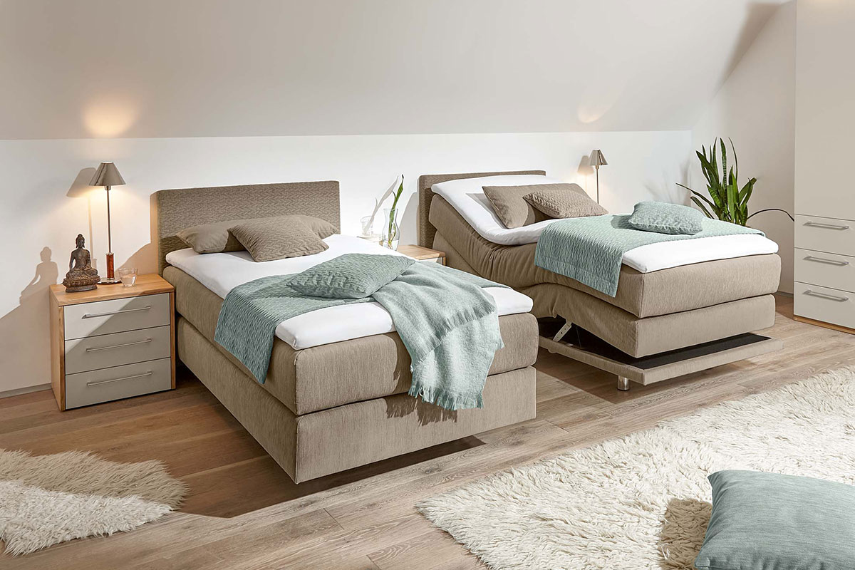 Loddenkemper_bedrooms_multi-comfort_structured-oak-crystal-grey-lacquer-8361-8366-8368-8372-11-AM-(4)